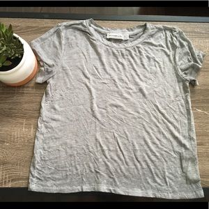 Abercrombie and Fitch cropped tee shirt
